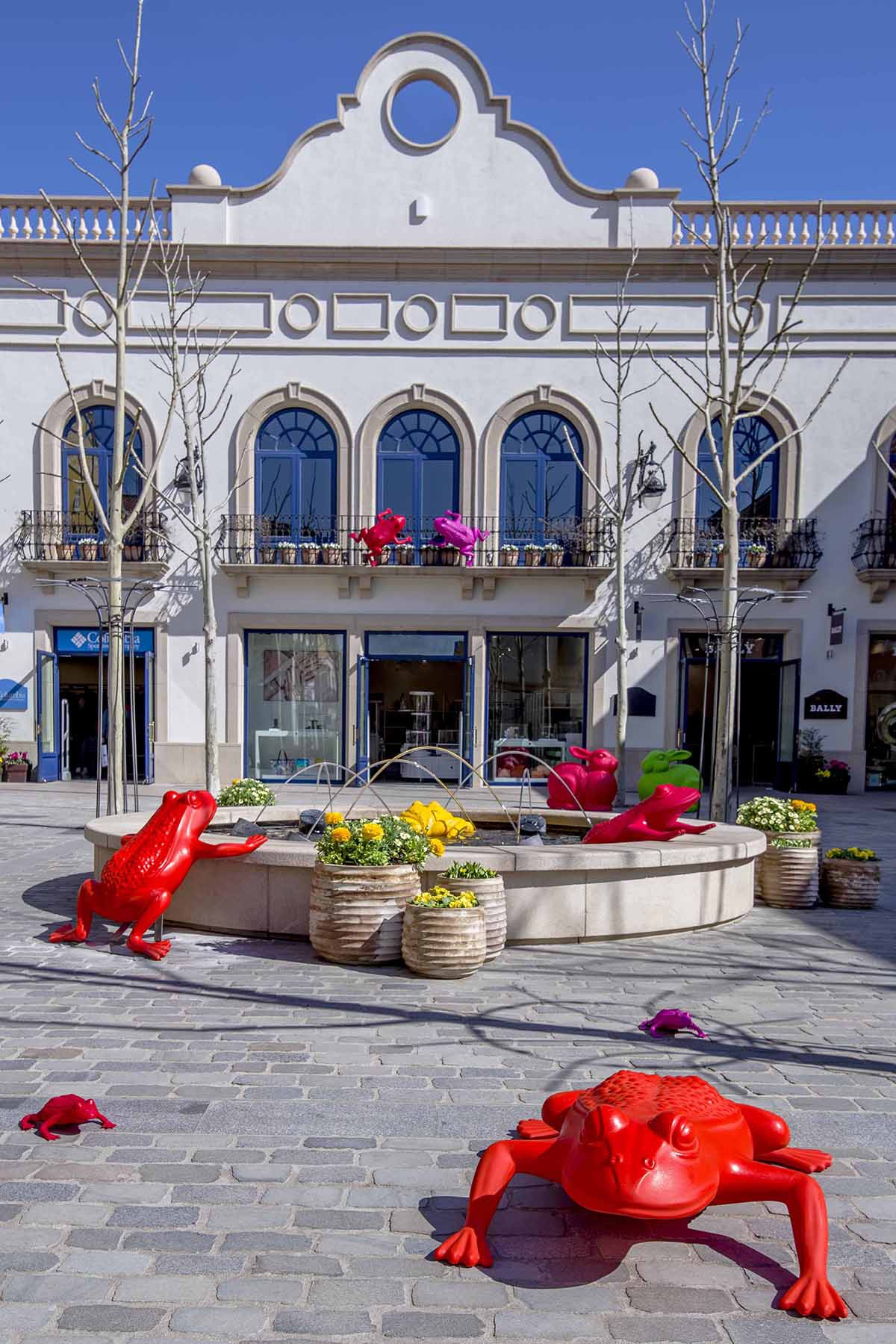 "723bd31d9 Just finished the ""Art meets Fashion"" initiative in Las Rozas Village (in  Madrid)"