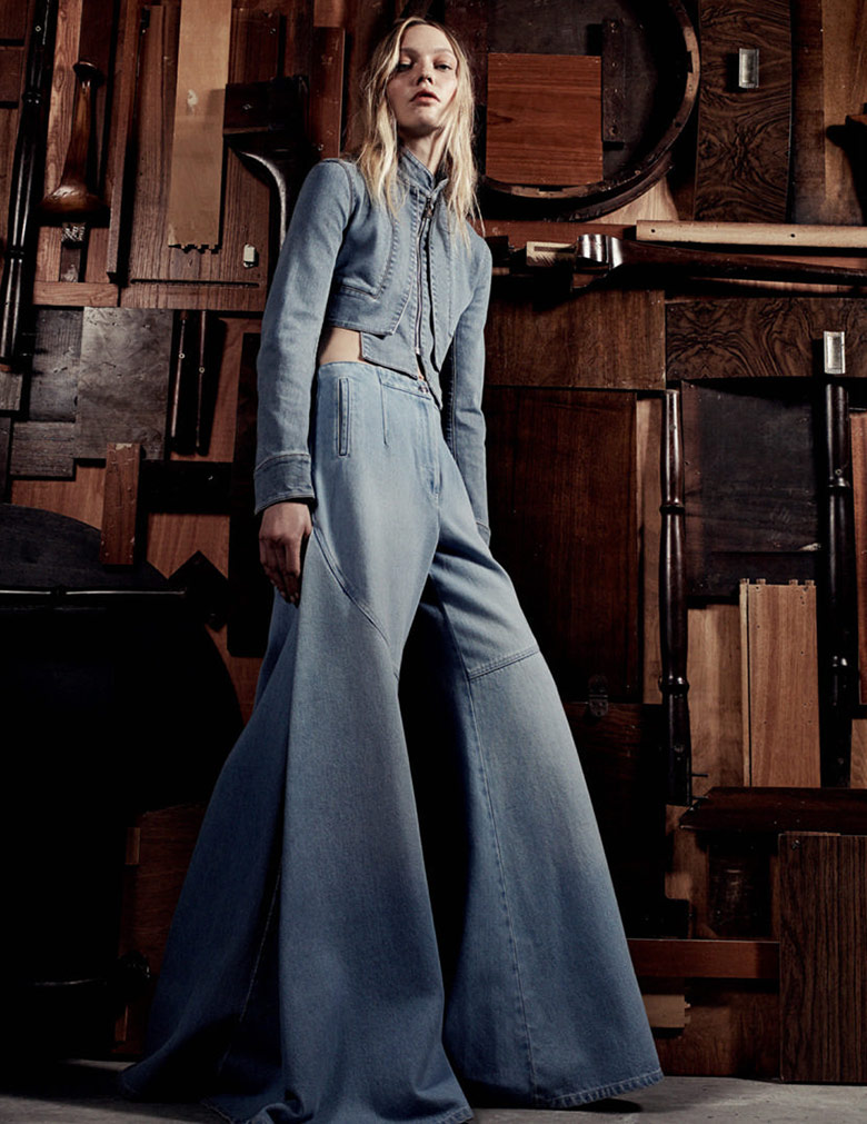 sasha-pivovarova-craig-mcdean-vogue-uk-march-2015-4